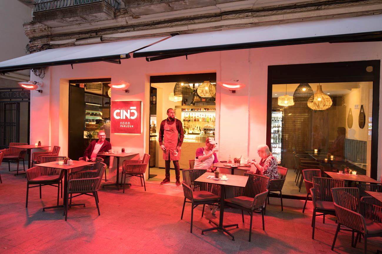 Cinc Restaurant outdoor terrace